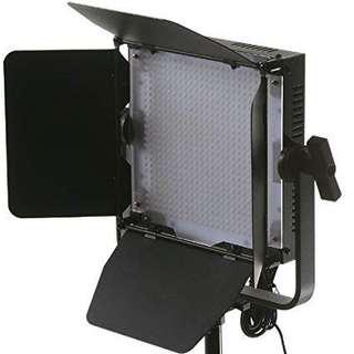 600 led with Stand - rental
