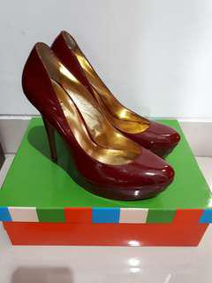 CHARLES DAVID PUMP RED PATENT LEATHER SIZE 8.5