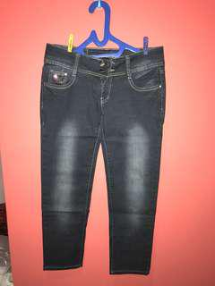 🥇Celana Jeans corak baguss !
