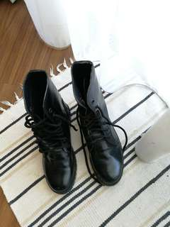 Boots for scouts/pengakap