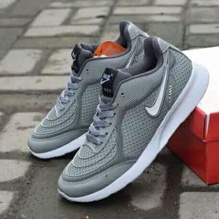 Sepatu sport nike airmax a6c8b93e30