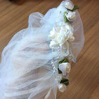 White veil for kids