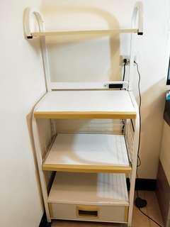 廚房四層收納櫃,可放烤箱,微波爐。高雄市面交