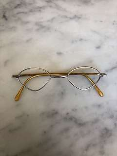 Old Special Shape Spectacle