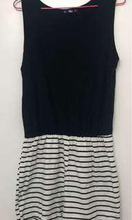 * Shein Size L (Would fit 8-12 as comes up small) Striped Jersey Playsuit *