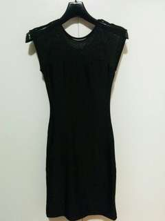 Black bodycon dress size: xs