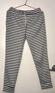 * SHEIN Women's XL (Comes up very small for an XL WOULD FIT 6-10) Striped Lounge Pants / Joggers *