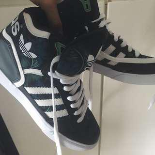 Adidas High Top Shoes Adidas休闲鞋
