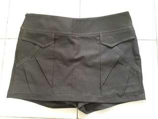 Short Skirt Pants