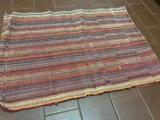 Colourful plate mat