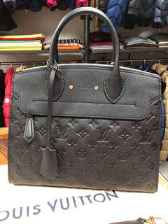 LV leather handbag , brand new