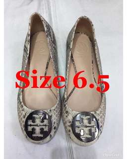 Guarateed authentic doll tory shoes