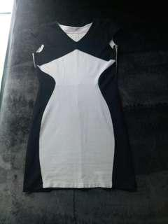 Body con dress black and white