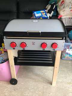 Hape bbq grill with accessories
