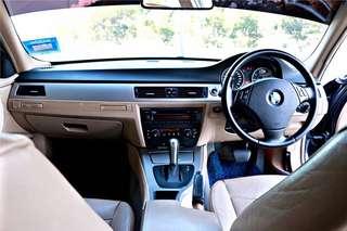 BMW E90 320i 2.0 (A)