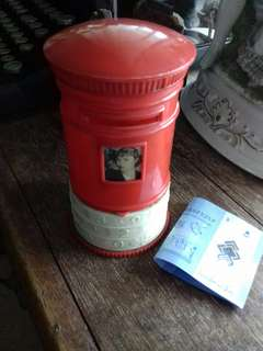 Vintage postal coin box with serial lock