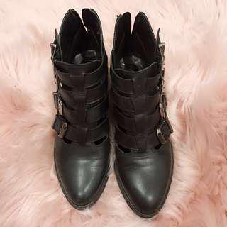 MI PIACI leather ankle boots(size 36)