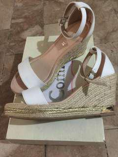 Comfit White Wedge