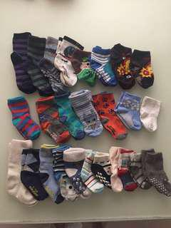 Socks fr 0 to 4 yrs old