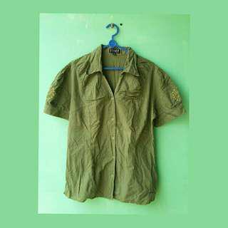 #MauiPhoneX Green shirt
