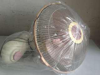 美的掛牆電風扇