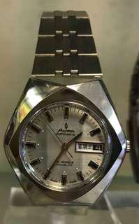 Aroma白色菱形機械錶