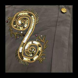 🚚 80's衣櫥🖤日本製 VINTAGE 經典古著 細緻亮片旋渦刺繡 鑲鑽 金釦 對稱 古著襯衫 上衣 復古 英倫