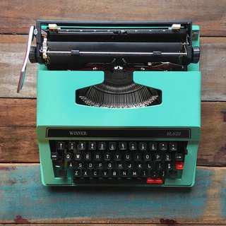 Winner Typewriter