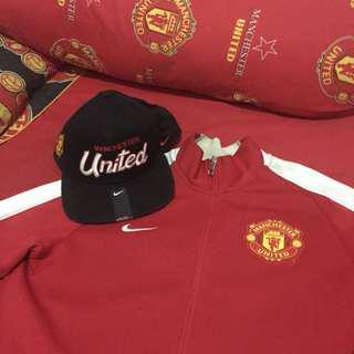 Jacket and snapback manutd