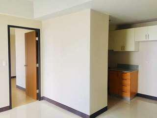 1BEDROOM! 98k DOWNPAYMENT! 14k MONTHLY! LIPAT AGAD! ONE UNIT LEFT! PAUNAHAN NALANG PO! MESSAGE ME.