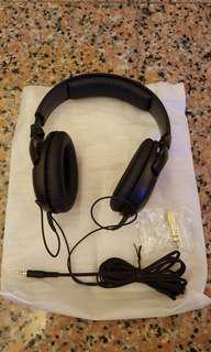 Sennheiser dynamic headphones