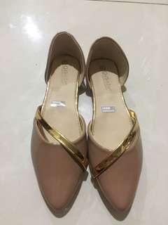 Flatshoes lucu