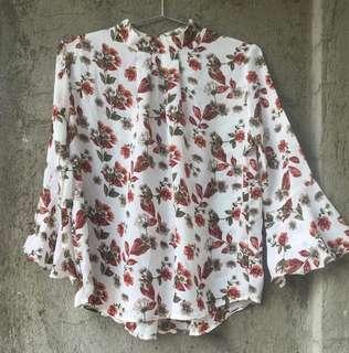 Printed floral top