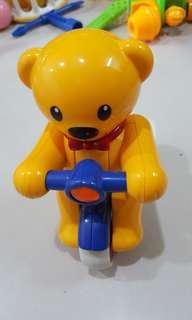 🚚 (二手)英國品牌Tolo泰迪熊迴力腳踏車