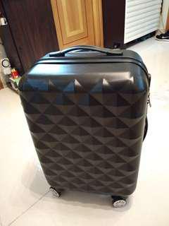 全新20吋行李箱
