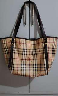 Burberry Two-way Hobo Bag Authentic