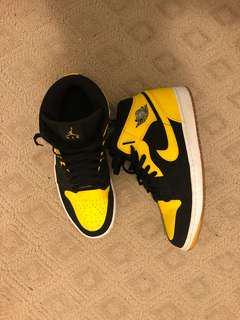 Jordan 1's Black and Yellow colourway