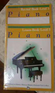 Recital and lesson book level 3音樂書