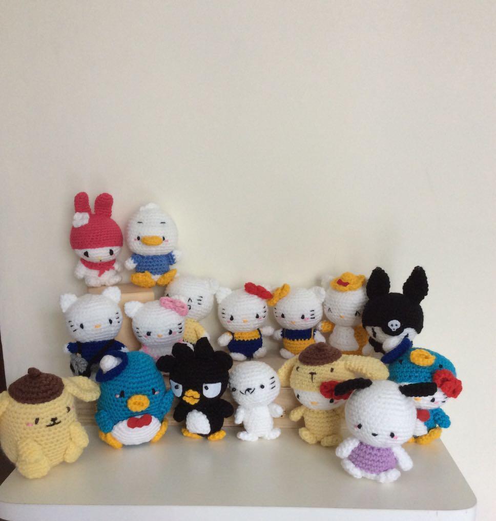 Big Hello Kitty Amigurumi Free Pattern | Πλεκτές κούκλες, Κούκλες ... | 1017x968