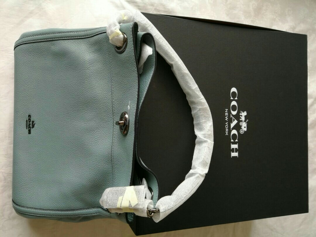 Brand New Coach Turnlock Edie Shoulder Bag in Pebble Leather 36855 ... e703fe7e4c124