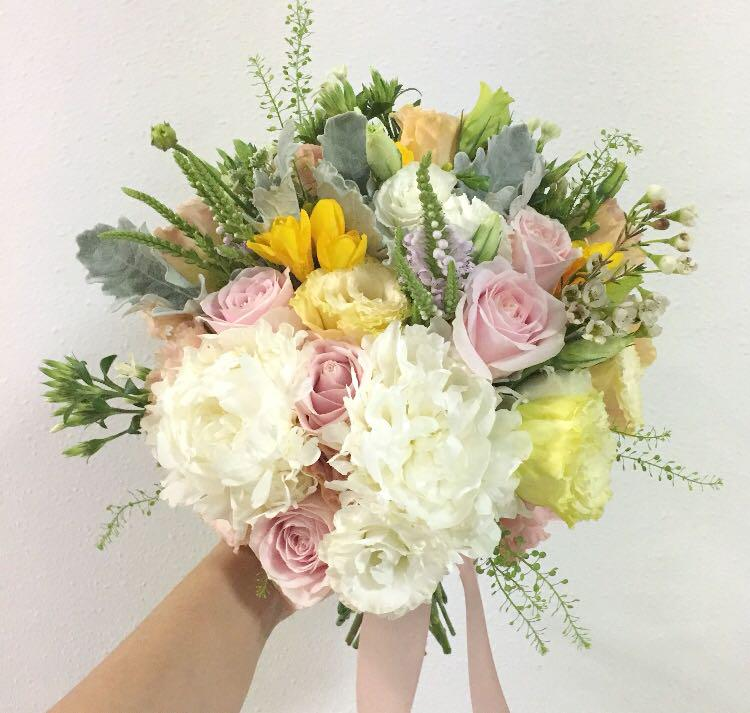 Bridal Bouquet In Pastel Theme With Yellow Flowers Wedding Bouquet Gardening Flowers Bouquets On Carousell
