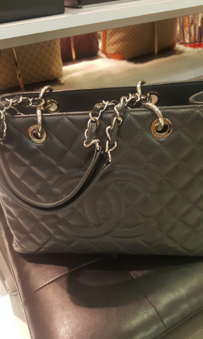 58827f9f0f63b8 Chanel GST bag, Luxury, Bags & Wallets, Handbags on Carousell