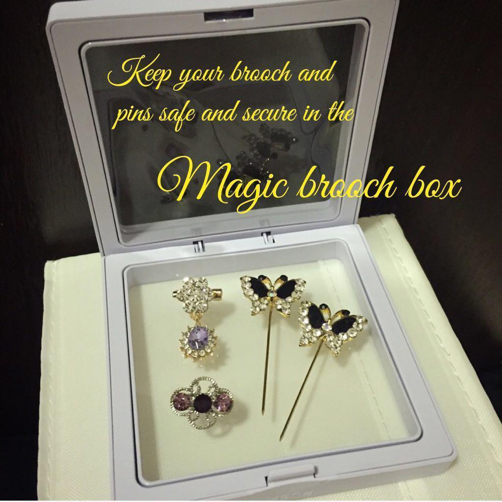 Gift ideas - Magic brooch box set