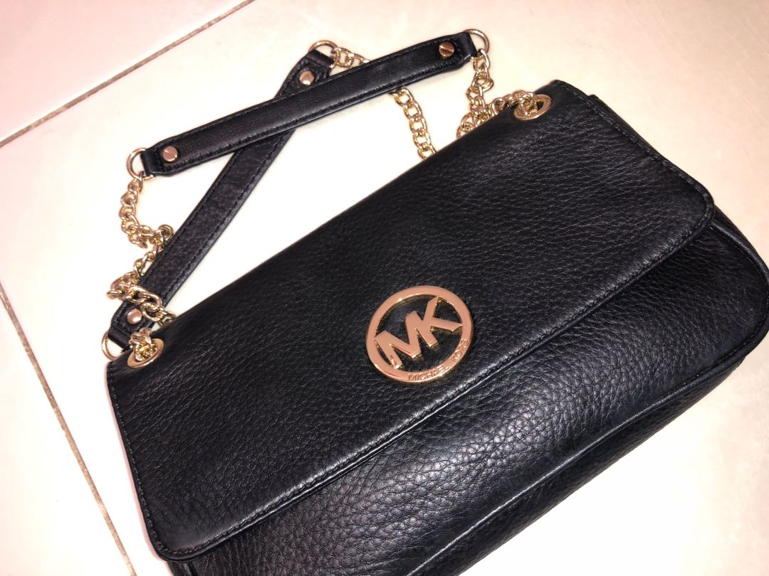 6b1cff73c3c5 Michael Kors Sling Bag clutch, Luxury, Bags & Wallets, Clutches on ...