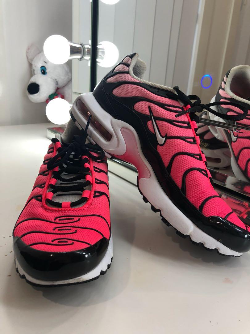 newest 4cb1c 11840 Nike TN Grade School Racer Pink/White/Black, Women's Fashion ...