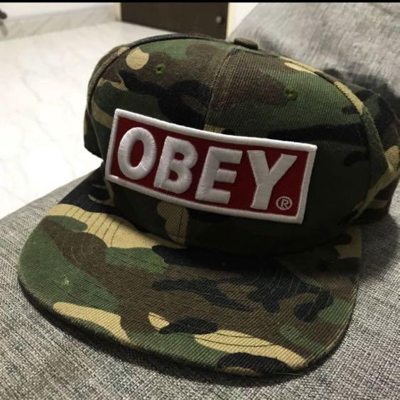 5d660dd5bd0 Obey camo SnapBack cap