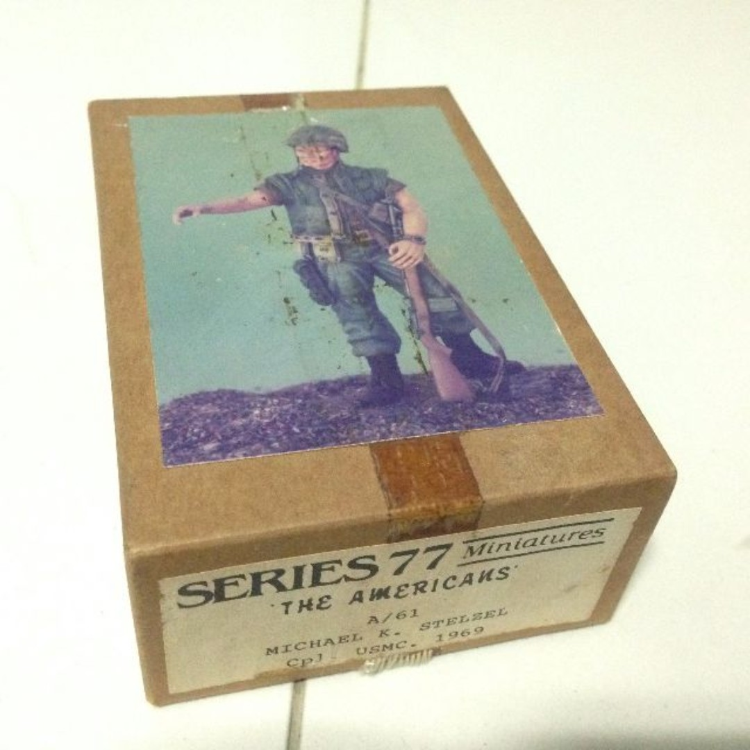 Rare out-of-print 1/18 Series 77 military miniature metal Americans Series  USMC soldier