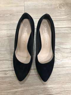 Cover toes black heels 3inch // Made in Taiwan