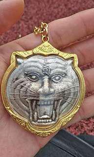 Thai Amulet wat banphra lp pern