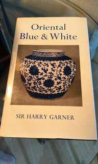 [Book] Oriental Blue & White, by Sir Harry Garner 中古書藉